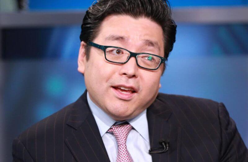 Том Ли