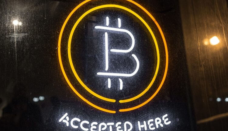 bitcoin-accepted-happycoin