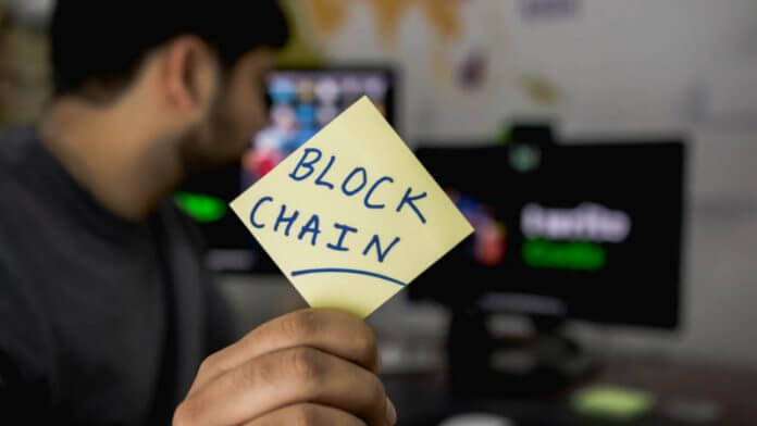 blockchain-on-sticky-note