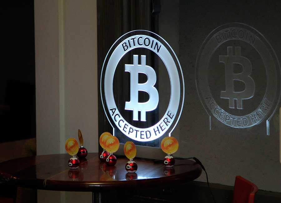 Bitcoin-accept-here