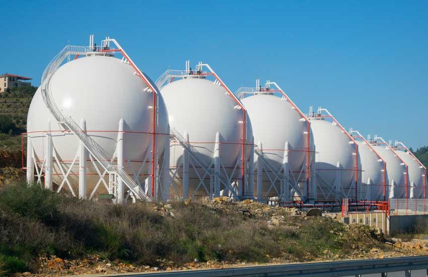 LNG-Gas-Storage-Tank