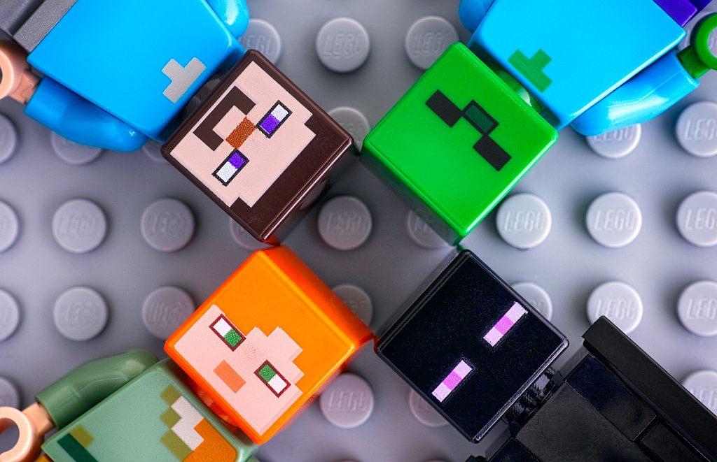 Minecraft-Lego-toys